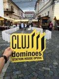 """Centrul Clujului, cucerit de """"statui mișcătoare"""". Un domino gigantic a conectat Piața Unirii cu Piața Mihai Viteazu"""