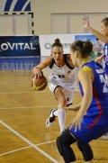 Baschet: Vee Young și Gabriela Cursaru vor debuta în echipa Universității Cluj