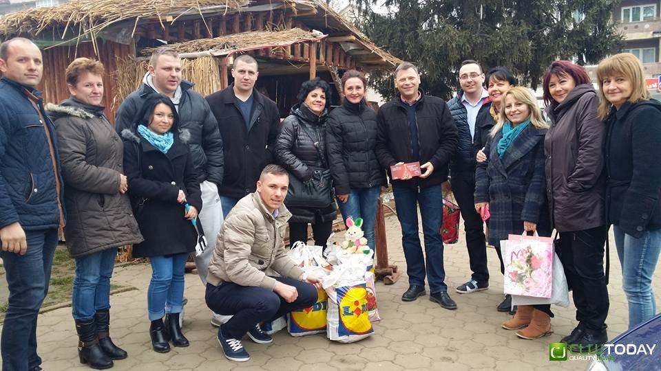 """Gest frumos al social-democratelor din Hunedoara: """"Un gând bun de Crăciun!"""""""